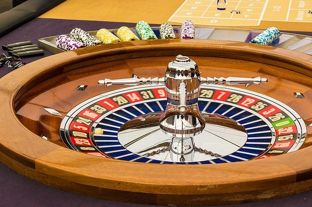 Do You Know About Different Kinds of Specifications in Live Gambling Platforms?