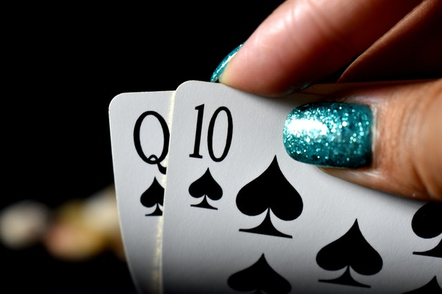 Basic Things That We Should Concern to Play in Live Slot games